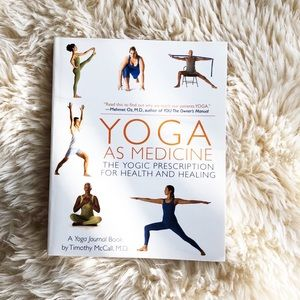 ⚡️3 for $25⚡️NEW Yoga As Medicine book